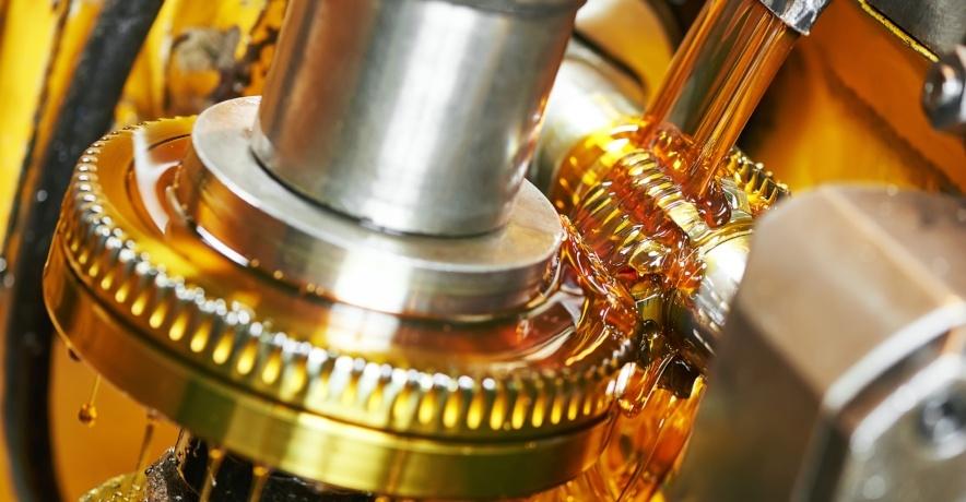 ¿Qué factores influyen en la degradación de lubricantes industriales?
